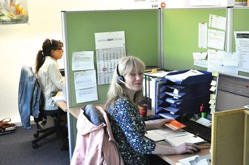 Mediq Kundenberater bei der Arbeit