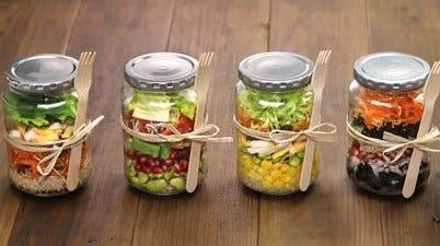 Der Salattrend mit dem Einmachglas