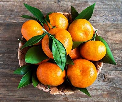 Clementinen im Korb